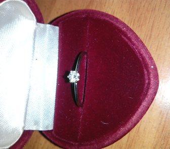 Изображение в   Кольцо из белого золота 2 грамма, с бриллиантом в Новосибирске 10000