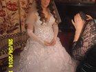 Изображение в Одежда и обувь, аксессуары Свадебные платья Продам свадебное платье перчатки в подарок, в Омске 5000