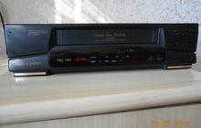 Продаю видеомагнитофон VHS