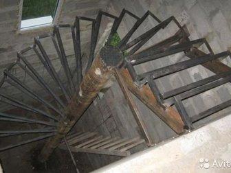 Забор Навес Решетки ЛестницаЗабор из:- профлиста,- профтрубы--------------------------------------------------------Навес из:- поликарбонат,- профлиста,- металлические в Орске