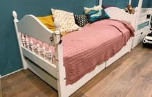 Кровать подростковая