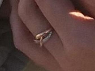 Просмотреть foto Потери Потеряно кольцо на улице! 68424172 в Рязани