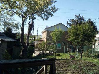 Великолепный отдельно стоящий частный дом,2013 года постройки,строили для себя качественно,состояние жилое под косметический ремонт,земли достаточно для отдыха и в Ростове-на-Дону