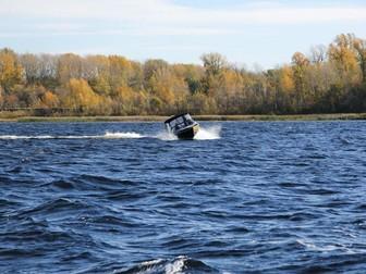 Просмотреть изображение  Купить лодку (катер) Волжанка 53 Фиш 38846110 в Твери