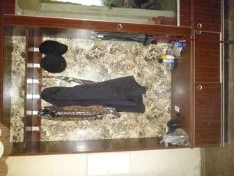 Просмотреть фото Мебель для прихожей продается прихожая б/у,в хорошем состоянии 34798621 в Санкт-Петербурге