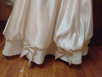 Смотреть изображение  продаю платье для девочки праздничное 39049956 в Саранске