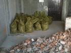 Фотография в Мебель и интерьер Разное грузим и вывозим строительный мусор в мешках, в Саратове 0