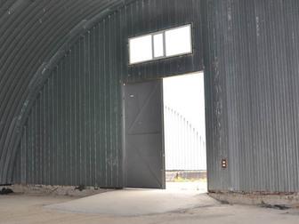 Смотреть фотографию Аренда нежилых помещений Складское помещение, ангар 1350м² 43901550 в Серпухове