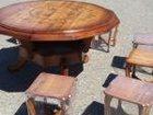 Фото в Мебель и интерьер Столы, кресла, стулья Продаю стол ручной работы с 8-ю табуретками. в Ставрополе 30000