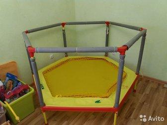 продается батут-манеж Леко IT Home 160 см,  До 50 кг,  Для маленьких детей есть сетка,  получается манеж,  На трубы надевается мягкая изоляция для безопасности, в Уфе