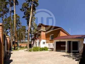 Смотреть foto  отличный вариант 2-х этажного кирпичного коттеджа 40066922 в Улан-Удэ