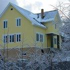 Строительство загородных домов и бань из блоков и дерева